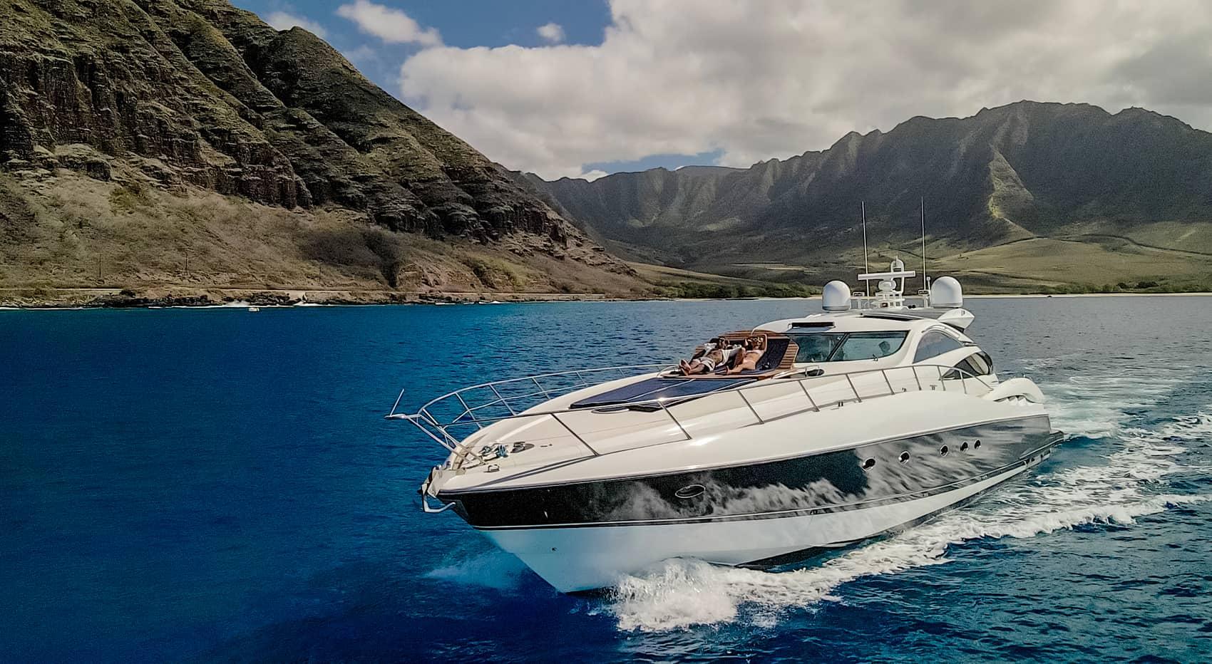Noelani Yacht Charters